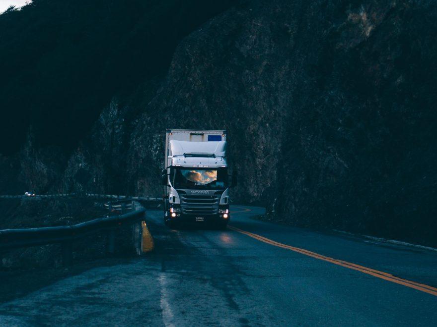 Kör du lastbil i Jönköping? Här hittar du delar och tillbehör